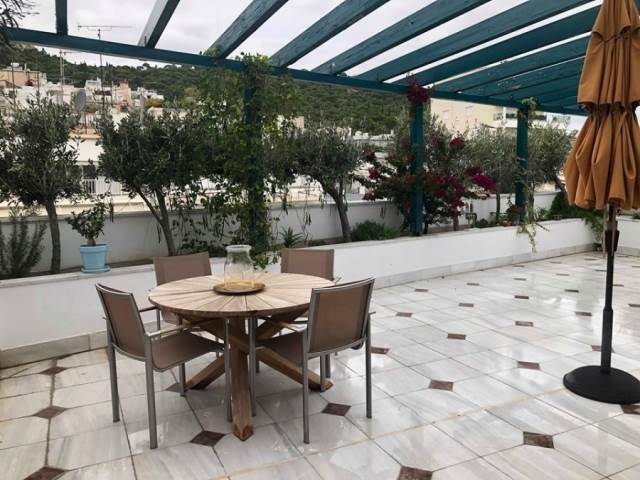 (For Sale) Residential Maisonette || Athens Center/Athens - 240 Sq.m, 3 Bedrooms, 1.500.000€